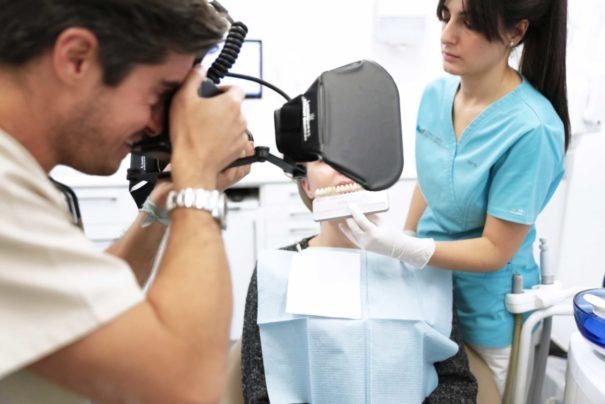 Blanqueamiento dental ambulatorio - Clínica Dental Ruiz de Gopegui