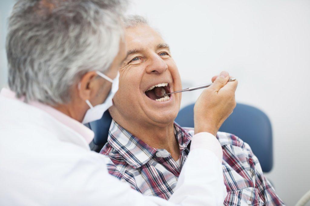 Gopegui la perdida dental en las personas mayores